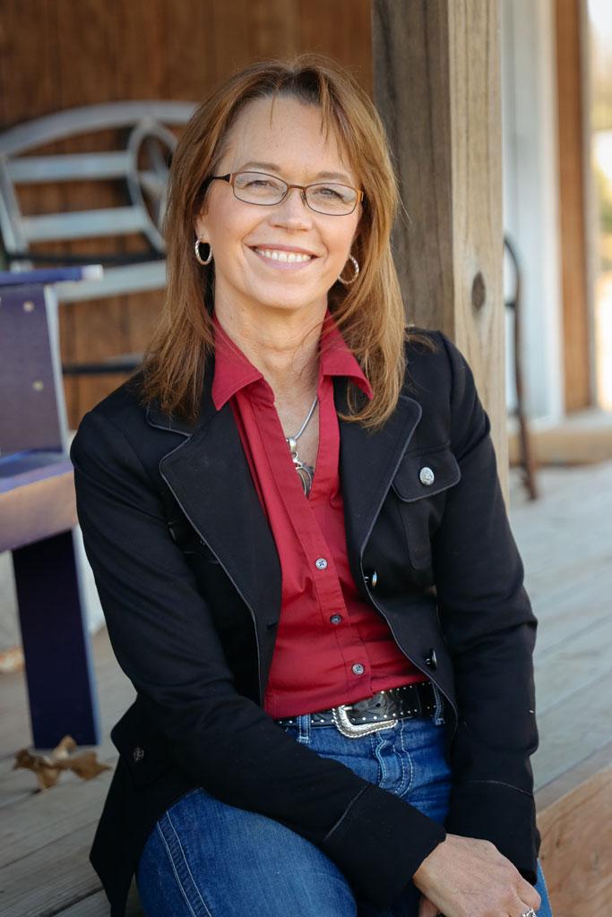 Lora Newman Zero2Sixty Chair Marketing committee E3A